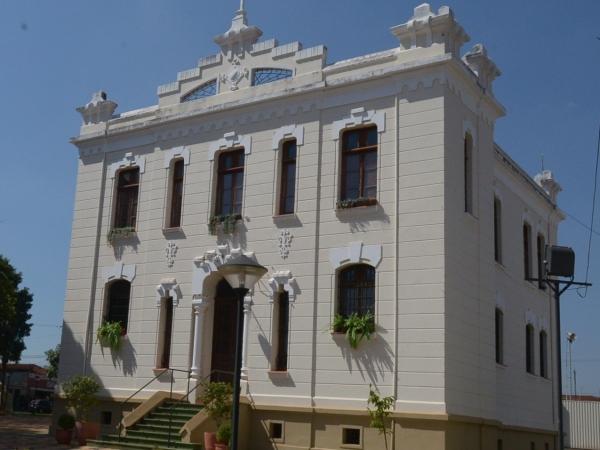 3-fachada-museu-88wbxi_600x450