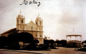 Igreja Matriz Nossa Senhora dos Prazeres, em 1930. (Acervo MIS-I – Museu da Imagem e do Som de Itapetininga).