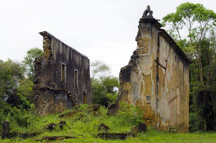 igreja-de-queimados-696x461